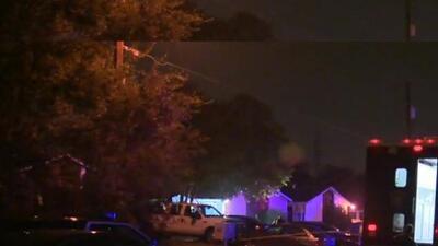 Una balacera registrada durante la madrugada del viernes dejó dos víctim...
