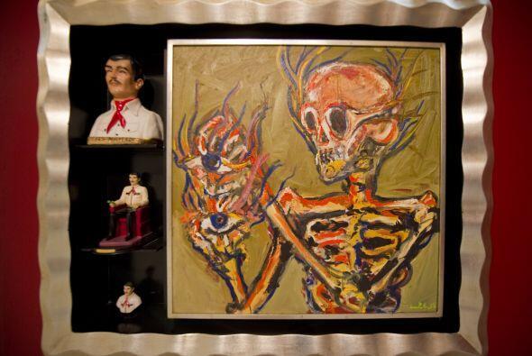 Entre las piezas exhibidas se pueden apreciar pinturas, grabados, videos...