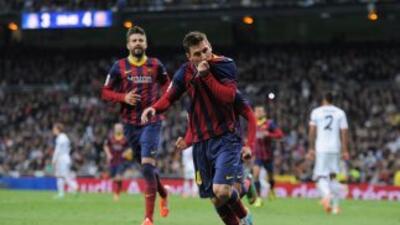 Messi hizo tres goles para el el triunfo del Barcelona ante Real Madrid.