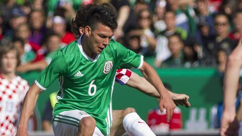 Lozano durante el juego de México ante Croacia.