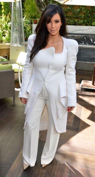 Aunque no todo fue error para Kim Kardashian este año. Este conjunto bla...