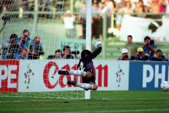 Ante Italia, en semifinales, 'Goyco' contuvo los envíos de Roberto Donad...
