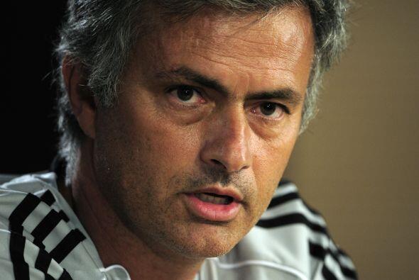 """Meses más tarde Mourinho atacó a de Guardiola al declarar: """"Hay otra gen..."""