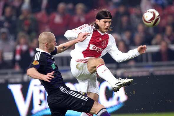 En la Liga de Europa el Ajax cayó en Amsterdam ante el Anderlecht, pero...