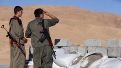 Sondeo muestra que los estadounidenses respaldan bombardeos contra yihad...