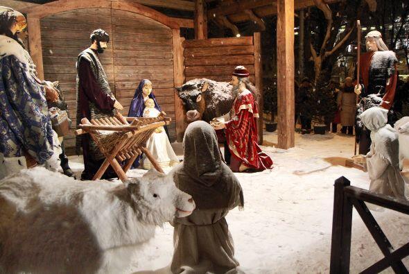 Según las escrituras, sobre el nacimiento del niño Jes&uac...