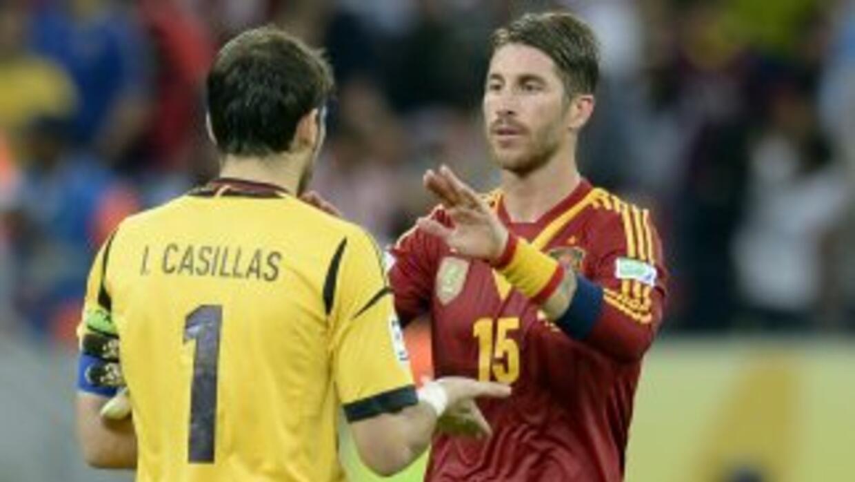 El defensor del Madrid mostró su apoyo a Casillas, quien volvió a defend...