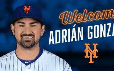 Adrián González jugará la próxima temporada...