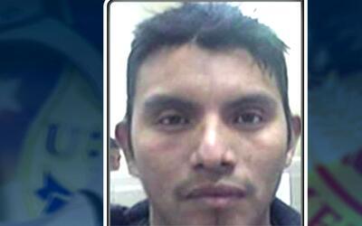 ICE añade a su lista de los más buscados a guatemalteco en Illinois