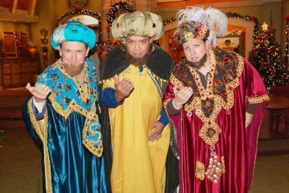 Saludaron a todos y desearon un feliz día de Reyes.