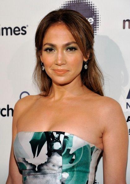 Jennifer Lopez recibió el 'Premio Grace Kelly', durante el octavo...