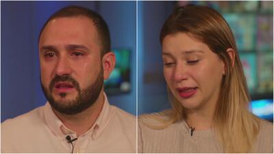 Entre lágrimas, estos padres narran cómo una enfermedad le está quitando la movilidad a sus gemelas