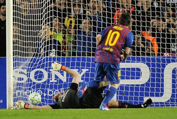 Lionel cobró el disparo de forma correcta y así poner las...
