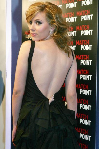 La hermosa estrella de cine llega a los 29 años más sexy que nunca y la...