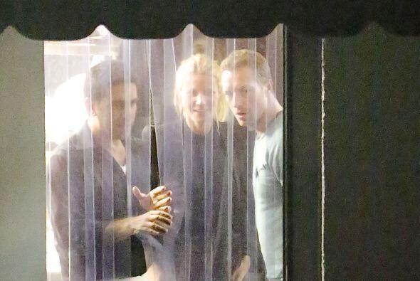 Gwyneth y Chris parecían como si nada... Mira aquí los videos más chismo...