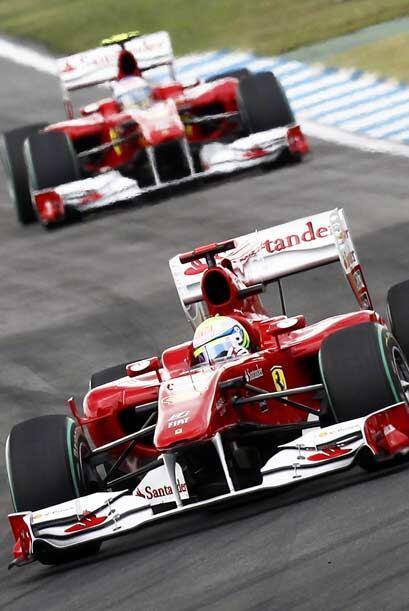 Massa y Alonso tuvieorn un cerrado duelo, hasta que el español pasó al b...