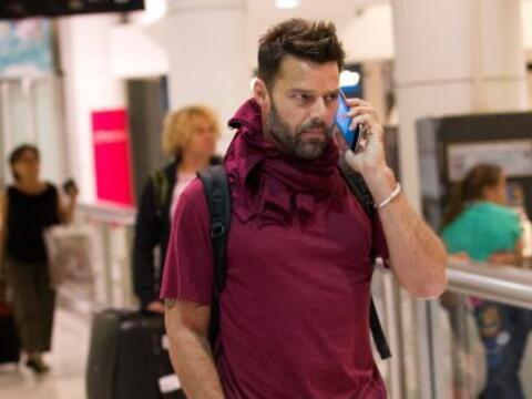 El cantante fue visto a su llegada al aeropuerto de Sidney, donde se le...