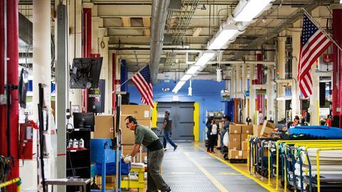 Una fábrica de zapatos en Lawrence, Massachusetts. La ciudad es c...