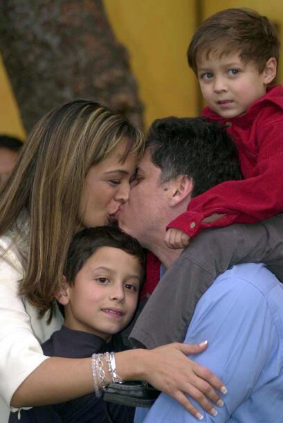 Desde el escándalo, la familia de Mario Bezares ha abogado por la libert...