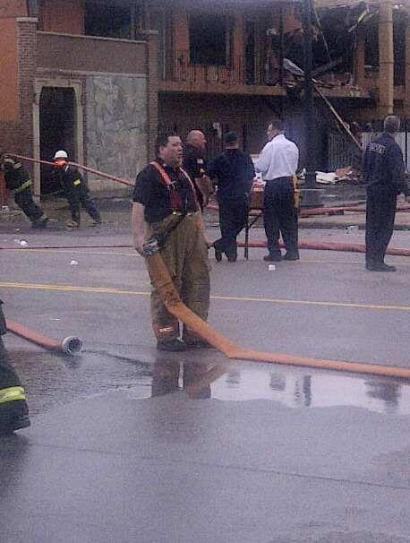 Fuego destruye supermercado Durango