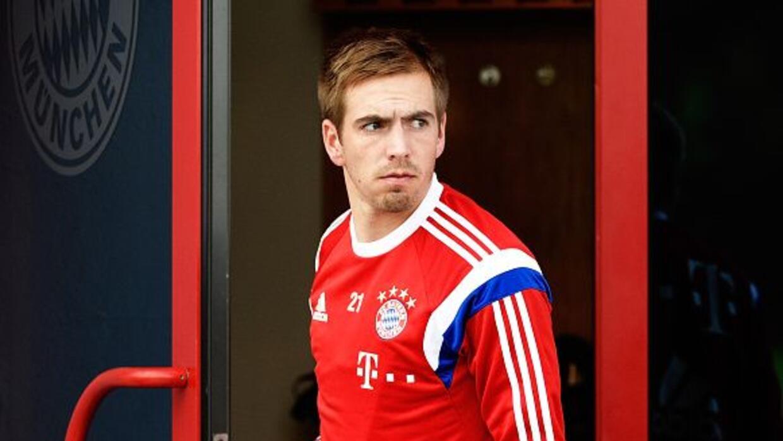 El lateral alemán será baja del Bayern Munich por lo menos tres meses.