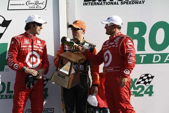 Juan Pablo Montoya encabezó el cuartero del Riley-BMW 02 y no quedó muy...