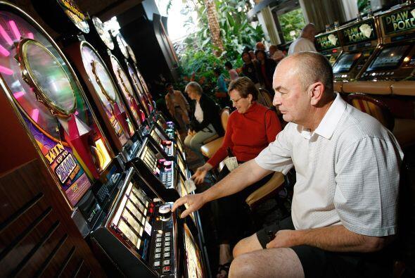 Aquí operan un total de 256 casinos y generan 175,024 empleos. Por conce...