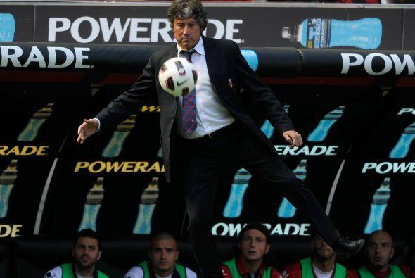 El entrenador del Bolonia, Alberto Malesani, quería reanudad las accione...