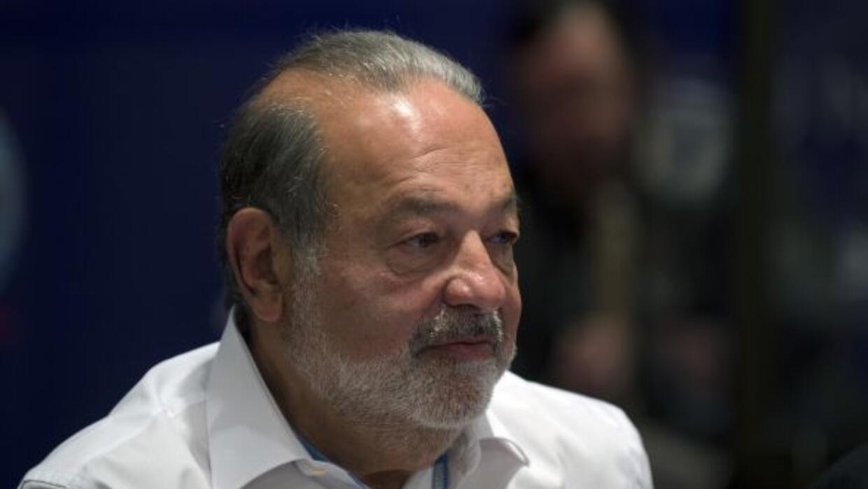 Slim tiene presencia accionaria en las españolas Prisa, y es el gran riv...