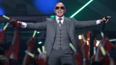 Pitbull ha hecho un paso memorable por la historia de Latin GRAMMY, esce...