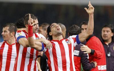 Con un gol en los últimos instantes del partido, Radamel Falcao le dio e...