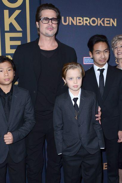"""Brad Pitt asistió a la premiere en Hollywood de """"Unbroken&qu..."""