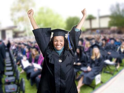 Sólo se termina la secundaria una vez en la vida, y tu graduado f...
