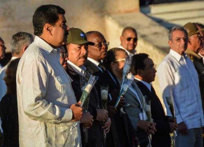Entre los mandatarios extranjeros estaban los presidentes de Venezuela,...
