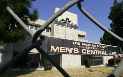 Legisladores de California proponen una reforma en el sistema de fianzas