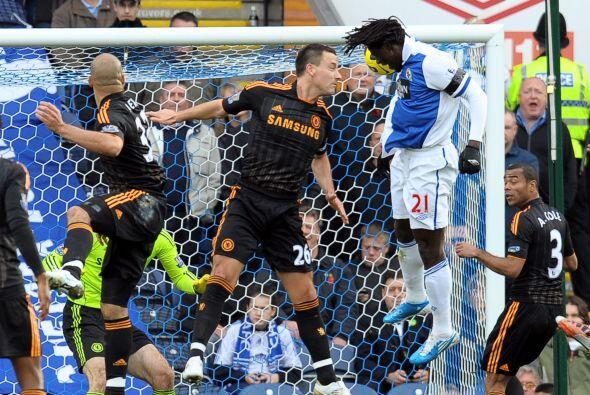 Benjamin Mwaruwari puso el 1 a 0 a favor del Blackburn.