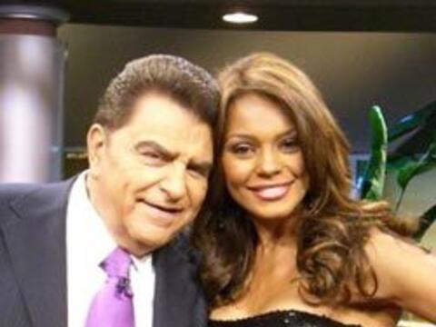 Ilia Calderón, la presentadora de Primer Impacto, co anima el pro...