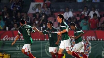 México derrotó a Jamaica 5-0.
