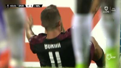 Tiro desviado de Fabio Borini
