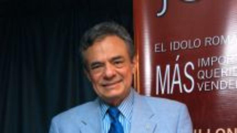 José José se encuentra trabajando en sus proyectos musicales, a la par q...