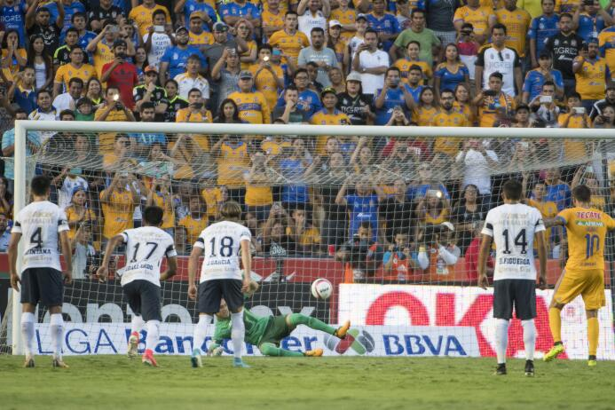Pumas sigue sin encontrar la regularidad y caen ante Tigres 20170819_599...
