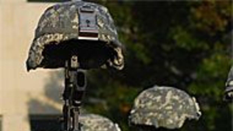 Construirán monumento en memoria de las víctimas del tiroteo en Fort Hoo...