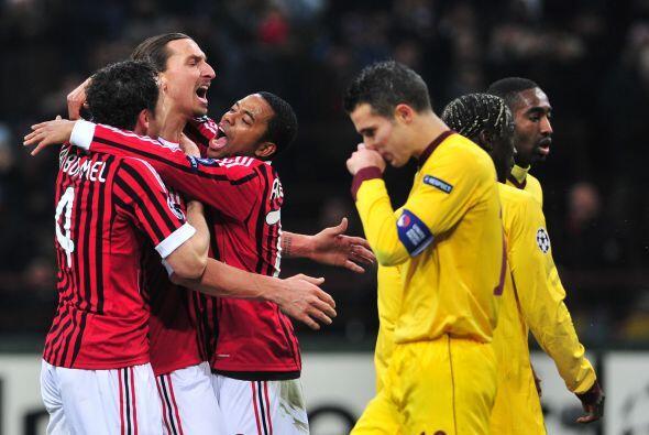 El Milan, líder de la competición italiana y con una gran historia en la...