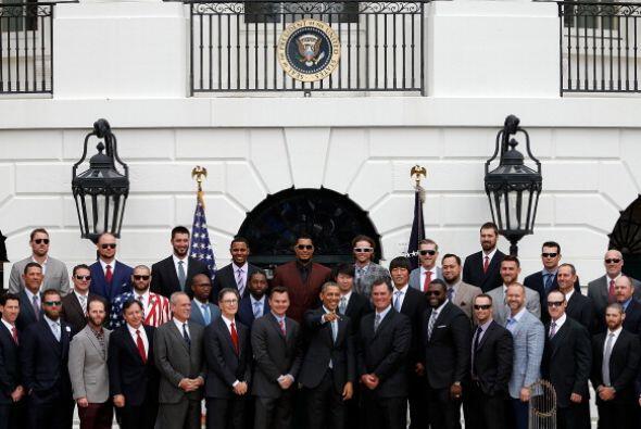 El presidente de Estados Unidos, Barack Obama, recibió hoy a los...