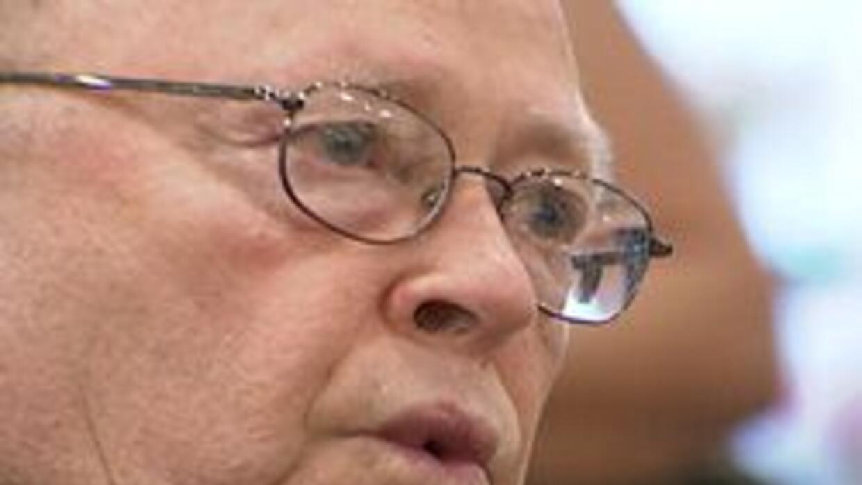El padre Francis Theodore Pfeiffer lleva 50 años combatiendo el narcotrá...