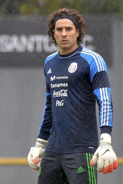 El portero Guillermo 'Memo' Ochoa también quedó nominado como Deportista...