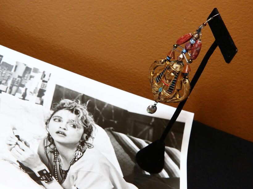"Madonna lució este arete en ""Desperately Seeking Susan""."