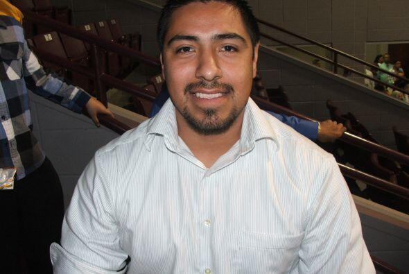 Abraham Zavala  Es de origen mexicano, tiene 24 años de eda y es técnico...