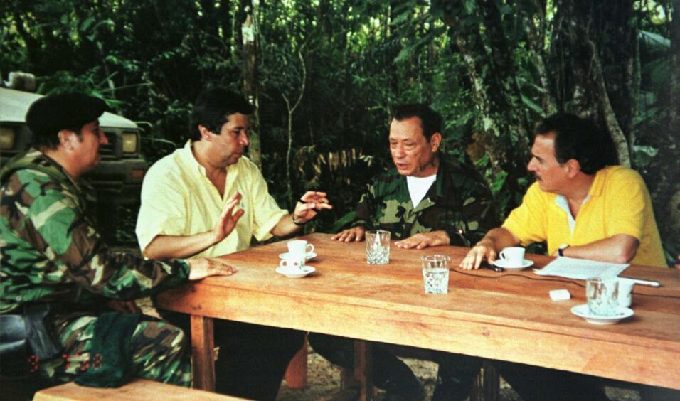 Pastrana y Marulanda en 1999.