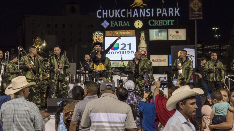 Así se vivió la celebración de El Grito de Independencia de México en Fr...